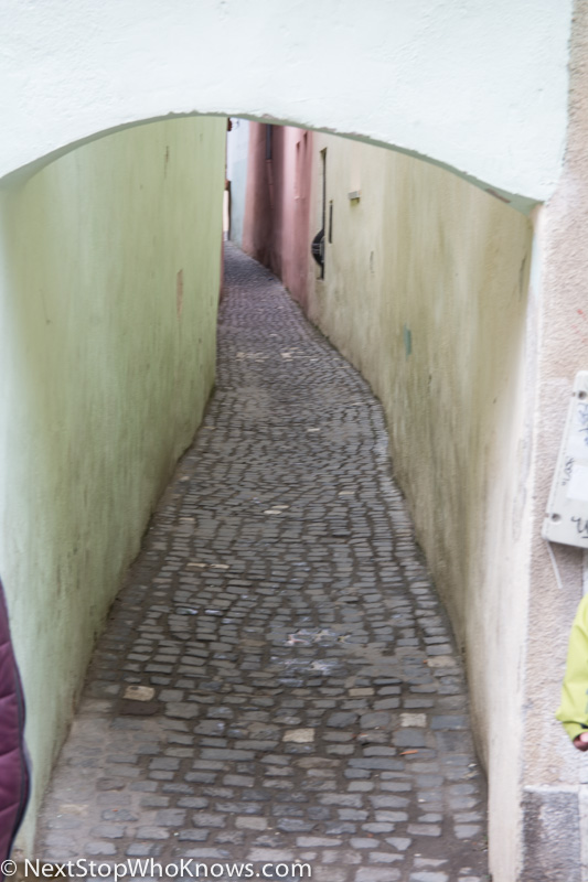 brasov narrowest street in europe