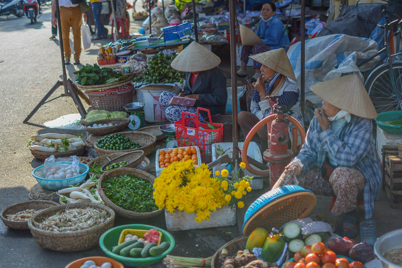 local markets in saigon