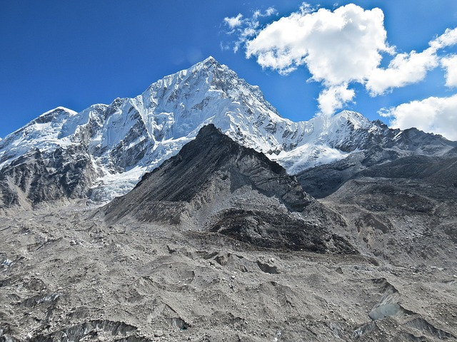 trekking to Everest