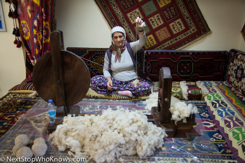 Making Carpets, Turkey